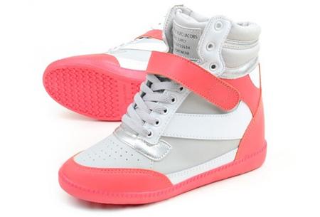 Schoenen met comfortabel ingebouwde hak nu €37,50 | Voor als je stiekem iets langer wilt zijn! Wit/Roze