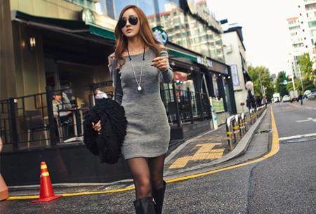 Rib jurk met open schouders nu slechts €12,95 | Hip & vrouwelijk!