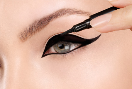 Eyeliner pennen - 2 stuks nu slechts €4,95 | Een intense oogopslag in een handomdraai!