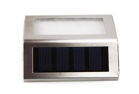Set van 2 Quintezz solar LED buitenlampen met nachtsensor nu slechts €12,95