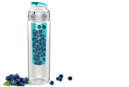 Waterfles met fruit filter en drinktuit nu slechts €7,95 | Maakt je water een stuk lekkerder! Blauw