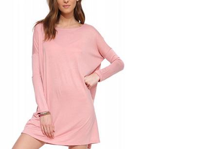 Oversized t-shirt jurk nu slechts €19,95 | Voor de maten XS t/m XXL in 8 vrolijke kleuren Roze