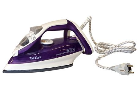 Tefal Supergliss stoomstrijkijzer nu slechts €22,95 | Snel en moeiteloos kreukels glad strijken!
