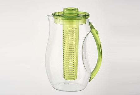 Waterkan met fruitfilter nu slechts €14,95   Maakt water een stuk lekkerder!  Groen