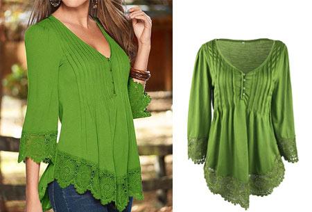 Top met kanten details   Kom stijlvol & vrouwelijk voor de dag met dit prachtige shirt! groen