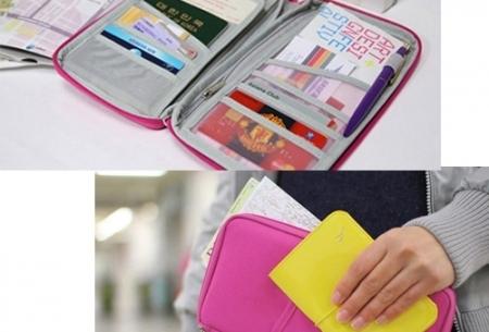 Reistasje verkrijgbaar in 9 kleuren | Bewaar al je vakantiedocumenten netjes bij elkaar