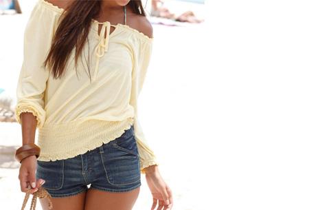 Off shoulder top   Hip, stijlvol en comfortabel in één! lichtgeel