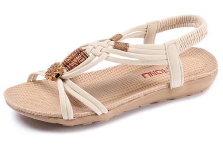 Stylish Boho slippers met comfortabel voetbed | Voor een zomerse bohemian look! Crème