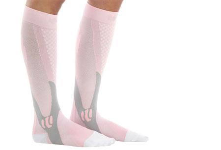 Compressie sportsokken | Helpt bij diverse beenklachten & zorgt voor een betere prestatie roze