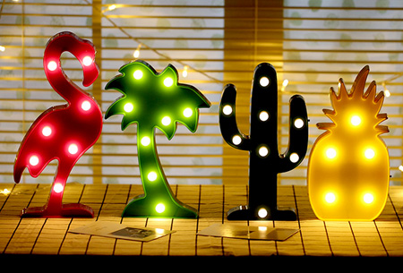 LED lamp in verschillende figuren