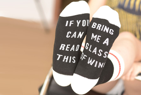 'Bring me wine' of 'bring me beer' sokken | Origineel en grappig #2 Wine