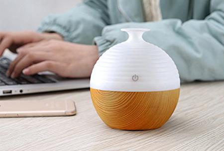 Aroma geurverspreider & luchtbevochtiger met LED verlichting .