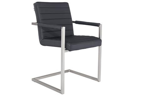 Conference Hugo stoelen   Prachtige stoelen van echt leder Zwart