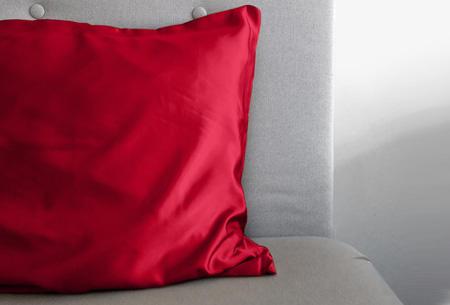 Satijnen kussensloop Rood