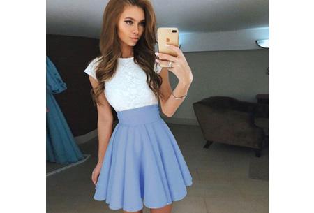 Summer lace dress Maat XL - Lichtblauw