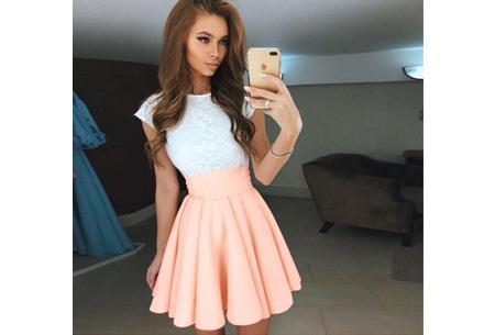 Summer lace dress Maat XL - Peach