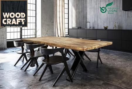 Eettafel van Indonesisch hout met stalen frame nu in de aanbieding