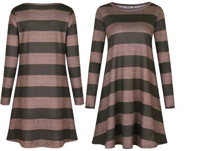 Comfy Stripe jurk | Jurken die je ook kunt dragen wanneer het kouder is buiten.  Legergroen