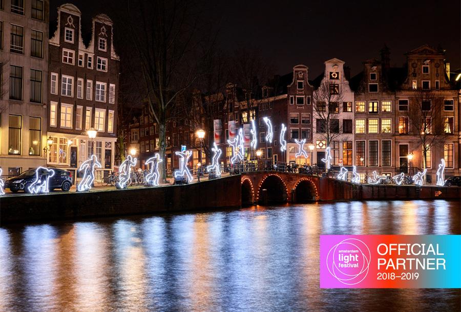 Rondvaart Amsterdam Light Festival Voucher VIP-boot voor 30 personen