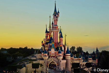 Dagtocht Disneyland® Paris | Incl. retour vervoer per luxe touringcar en toegang