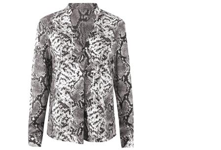 Snake print blouse | Hippe damesblouse met slangenprint voor een stijlvolle look grijs