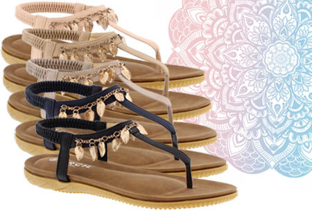 Ibiza feather slippers nu in de uitverkoop! <br/>EUR 19.99 <br/> <a href='https://tc.tradetracker.net/?c=24550&m=1018105&a=230468&u=https%3A%2F%2Fwww.vouchervandaag.nl%2Fibiza-feather-slippers-sandalen-dames-schoenen' target='_blank'>bekijk product</a>