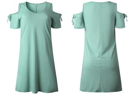 T-shirt jurk met open schouders | Hip zomerjurkje met soepelvallende pasvorm mintgroen