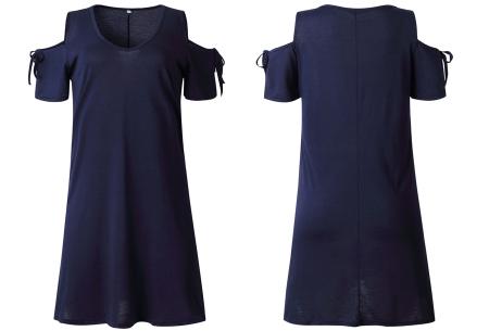 T-shirt jurk met open schouders | Hip zomerjurkje met soepelvallende pasvorm navy