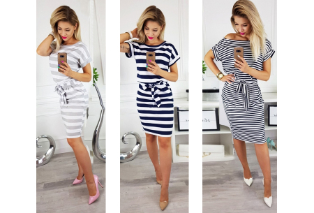 Striped dress met hoge korting