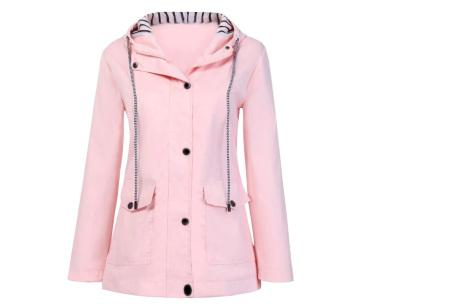 Gekleurde dames regenjas | Bescherm jezelf op een fashionable manier tegen de regen - in 10 kleuren Roze