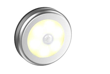 Draadloos (nacht)lampje met bewegingssensor | Keuze uit één losse of een set van 2, 4, 6 of 8 stuks Zilver - warm wit
