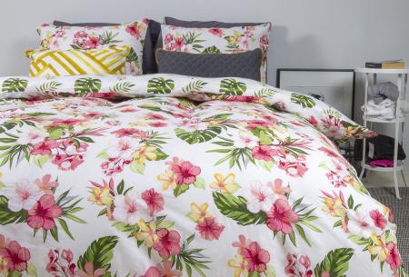 Nightlife reversible dekbedovertrekken   100% katoenen overtrekken in 6 designs Botanic flowers