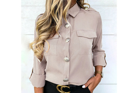 Dames blouse met goudkleurige knopen   Luchtige musthave met vintage detail! Beige
