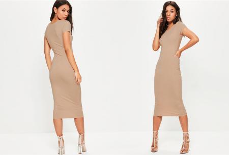 Basic midi jurk | Stretchy T-shirt jurk voor alle gelegenheden - In 9 kleuren! Khaki