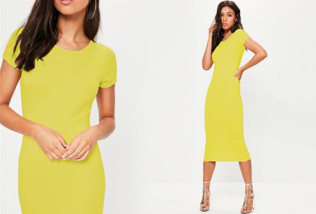 Basic midi jurk | Stretchy T-shirt jurk voor alle gelegenheden - In 9 kleuren! Geel