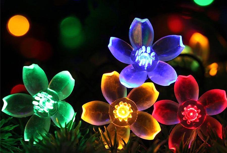 Solar led-lichtslinger met bloemen of bijen Bloemetjes - gekleurd licht - 7 meter