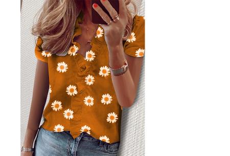 Ruffle V-hals top | Trendy dames t-shirt voor een vrouwelijke look madelief geel