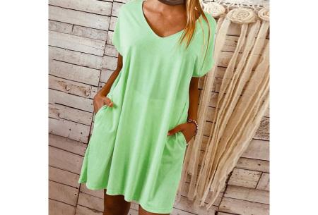 Basic T-shirt jurk | Losvallende strandjurk met zakken Groen