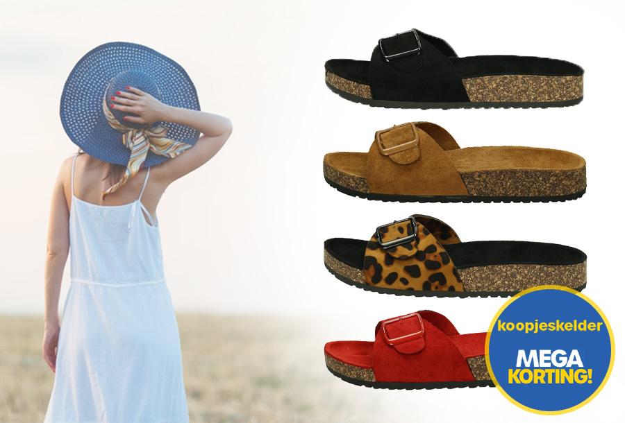 Suède look slippers met hoge korting
