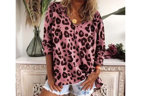 Lange mouwen shirt | Met V-hals en trendy panterprint Roze