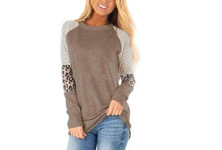 Dames top met lange mouwen   Trendy en origineel shirt met gedeeltelijke prints Coffee