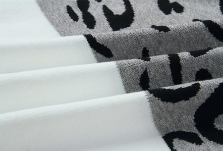 Panther sweater | Comfortabele dames trui met panterprint