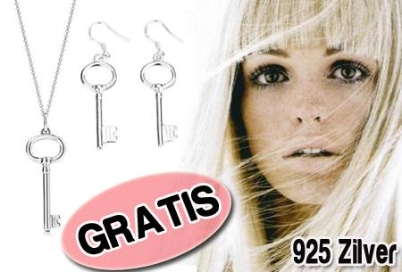 Verzilverde sleutel ketting en oorbellen t.w.v. €34,95 nu GRATIS! Bestel nu!