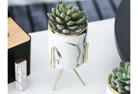 Marmerlook bloempot op standaard | Trendy plantenpot voor binnen! Goudkleurig