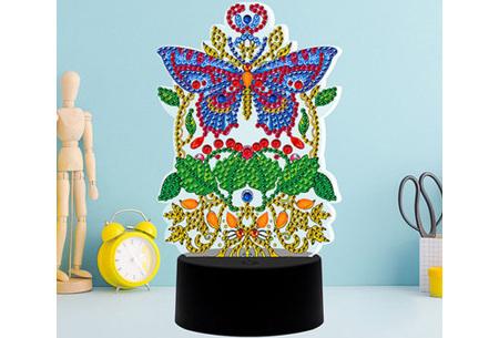 DIY Diamond painting lamp   Maak je eigen 3D-lamp - In 16 stijlen Libelle