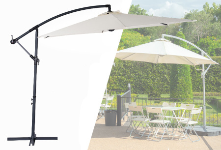 Grote zweefparasol van GoodVibes | Draaibare parasol met voet voor in de tuin