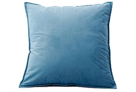 Set van 2 velvet kussenhoezen   Heerlijk zachte kussenslopen - In 13 kleuren Lichtblauw