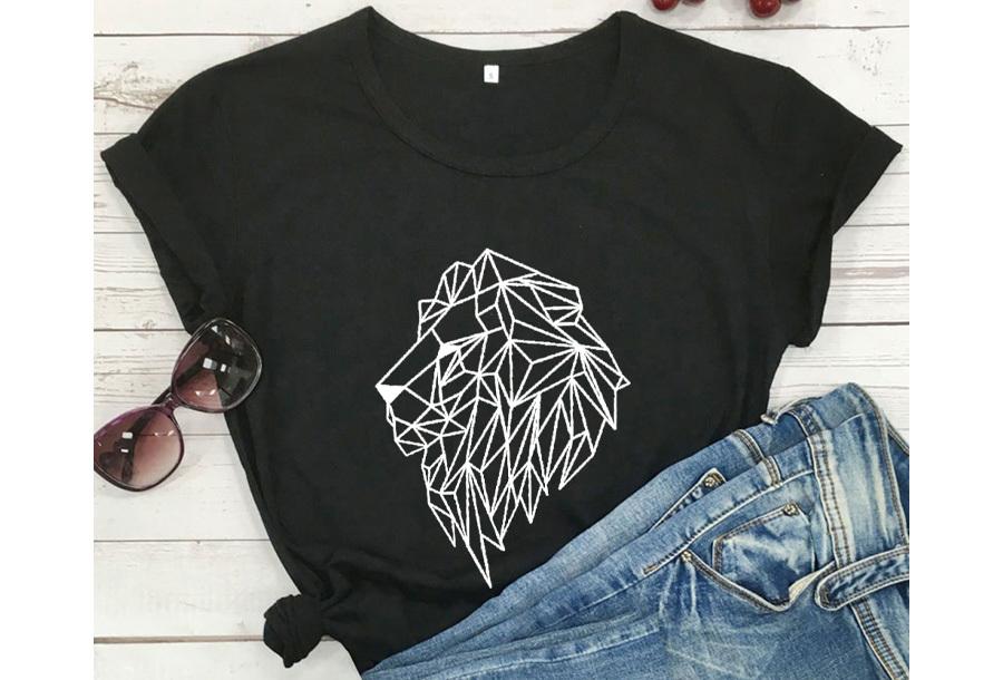 Geometric T-shirt - Maat XS - Leeuw - Zwart