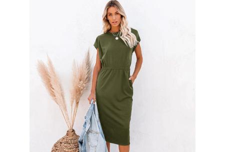 Pocket midi jurk | Stijlvolle getailleerde lange jurk met zakken Legergroen