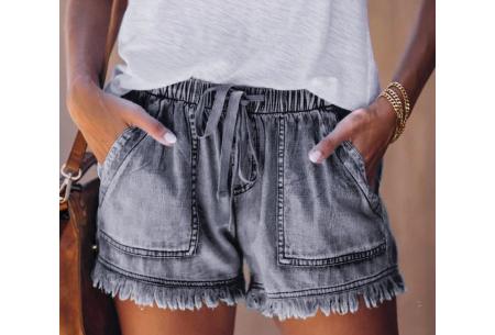 Denim short   Korte damesbroek van jeansstof - in 5 kleuren Grijs